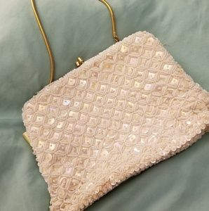VINTAGE WEDDING OR FORMAL OFF WHITE BEADED PURSE